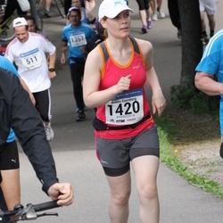 Helsinki Half Marathon - Riikka Sternberg (1420)