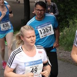 Helsinki Half Marathon - Jenny Alanen (49), Sandeep Shah (1357)