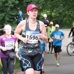 Helsinki Half Marathon - Eeva Vallin (1596)
