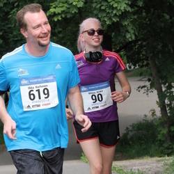 Helsinki Half Marathon - Milena Arnkil (90), Ilkka Korhonen (619)