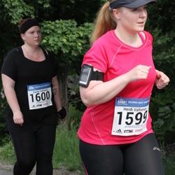 Helsinki Half Marathon - Heidi Valtonen (1599), Sanna Valtonen (1600)