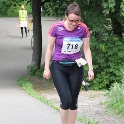 Helsinki Half Marathon - Suvi Lahtonen (718)