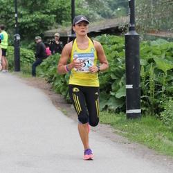 Helsinki Half Marathon - Elina Junnila (451)