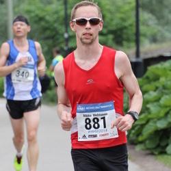 Helsinki Half Marathon - Mikko Mehtonen (881)