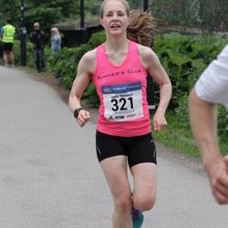 Helsinki Half Marathon - Laura Hievanen (321)