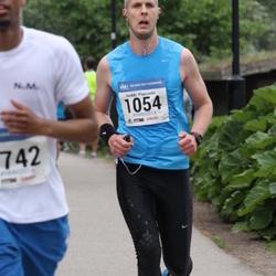 Helsinki Half Marathon - Heikki Paasonen (1054)