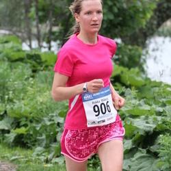 Helsinki Half Marathon - Riikka Mikkola (906)