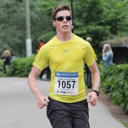 Helsinki Half Marathon - Tommi Paavilainen (1057)
