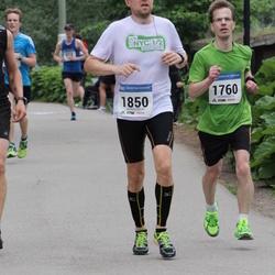 Helsinki Half Marathon - Kimmo Huhtimo (1760), Riku Pääkkönen (1850)