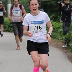 Helsinki Half Marathon - Heli Lahtinen (716)