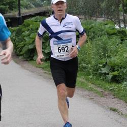 Helsinki Half Marathon - Pentti Käpyaho (692)