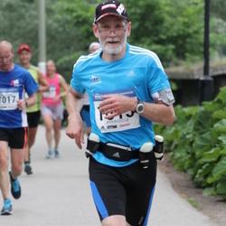 Helsinki Half Marathon - Jyrki Vasama (1615)