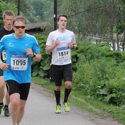 Helsinki Half Marathon - Tapio Pelkonen (1095), Riku Lyly (1814)