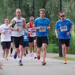 Helsinki Half Marathon - Pekka Kanerva (503), Kenneth Nybo (1008), Johannes Rimpiläinen (1232)