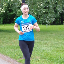 Helsinki Half Marathon - Heini Salmi (1311)