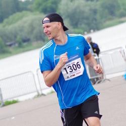 Helsinki Half Marathon - Janne Salin (1306)