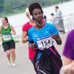 Helsinki Half Marathon - Samira Diriye (154)