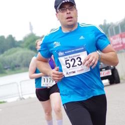 Helsinki Half Marathon - Jari Karjalainen (523)