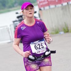 Helsinki Half Marathon - Mari Korpiola (625)