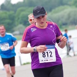 Helsinki Half Marathon - Laura Louhi (812)