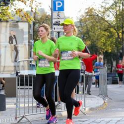 11th Danske Bank Vilnius Marathon - Laura Jaruševiciute (5970), Diana Bakelyte (5975)