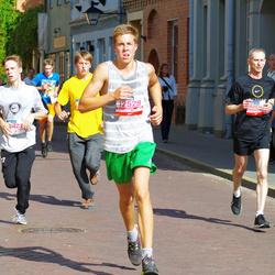 11th Danske Bank Vilnius Marathon - Aivaras Vasiliauskas (11104), Kristupas Guntis (12529), Domantas Urbonas (20823)
