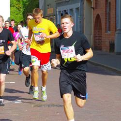 11th Danske Bank Vilnius Marathon - Domas Pociunas (20194), Domantas Želvys (20195), Domantas Varapnickas (30757)