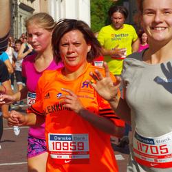 11th Danske Bank Vilnius Marathon - Loreta Varniene (10959), Emile Žilinskaite (11705)