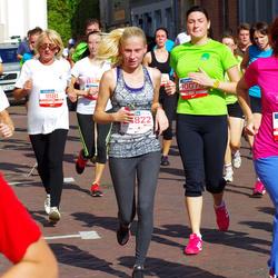 11th Danske Bank Vilnius Marathon - Martyna Civilkiene (10008), Irena Mikalauskiene (11181), Reda Kašelionyte (11986)