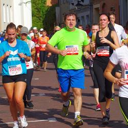 11th Danske Bank Vilnius Marathon - Romas Kadys (10283), Egle Daujotaite (12578), Auguste Ramelyte (20206)