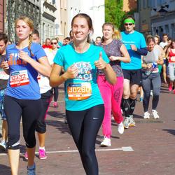 11th Danske Bank Vilnius Marathon - Lina Peciulyte (10332), Domantė Sakalauskaitė (30260)