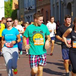 11th Danske Bank Vilnius Marathon - Milda Gubystaite (11822), Liveta Kieraitė (30379), Martynas . Petrikas (31942)