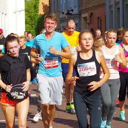 11th Danske Bank Vilnius Marathon - Dmitrij Badrin (11103), Gabriele Dženkaityte (20579), Andreja Cižikaite (20642)