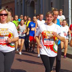 11th Danske Bank Vilnius Marathon - Viktorija Lukšiene (11141), Rita Misiene (11142)