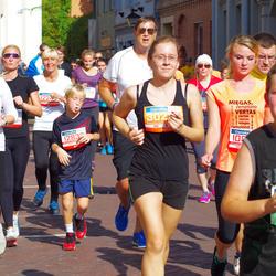 11th Danske Bank Vilnius Marathon - Anna Baranova (11548), Asta Dumbliauskiene (12242), Justina Malakauskaitė (30234)