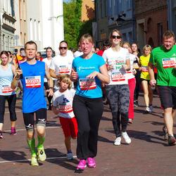 11th Danske Bank Vilnius Marathon - Kamil Rozej (10200), Robert Rozej (10203), Solveiga Mikalauskaite (10256), Natalja Derkac (11298), Raminta Pociute (12383), Grigorijus Blinovas (12385)