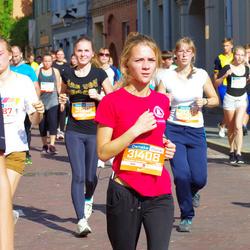 11th Danske Bank Vilnius Marathon - Manta Vaicikauskaitė (31382), Aistė Petrovaitė (31391)