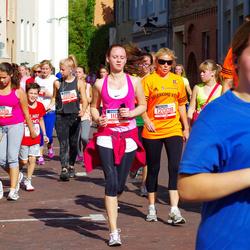11th Danske Bank Vilnius Marathon - Rokas Žvirblis (10005), Vaida Budreikiene (11091), Valerija Liachovic (11259), Lina Zukauskiene (12008), Medeine Stankeviciute (12554)