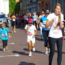 11th Danske Bank Vilnius Marathon - Nojus Adote (10762), Kajus Adote (10763), Aukse Šerstobojeva (11359)