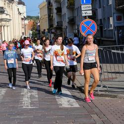 11th Danske Bank Vilnius Marathon - Lina Grigaite (10405), Milda Petkelyte (11150), Adrejus Kisielis (11152), Evelina Butkyte (20886), Severija Milvydaite (21790)