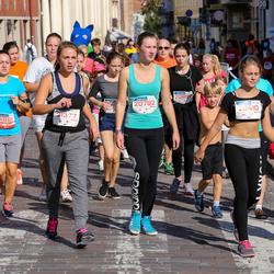 11th Danske Bank Vilnius Marathon - Santa Šulnyte (11861), Emilija Gaidauskaite (20410), Ugne Karpuškaite (20792), Gabriele Vinickaite (21377)