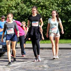 11th Danske Bank Vilnius Marathon - Agata Stefanovic (20896), Elena Sveceviciute (20897), Auduste Žmuidinaite (21190)