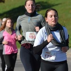 """Vilnius 10 km run, """"Run with Živilė Balčiūnaitė"""". - Viktorija Brazdauskaitė (177), Evelina Indilaitė (193)"""