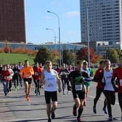 """Vilnius 10 km run, """"Run with Živilė Balčiūnaitė"""". - Dominykas Pacauskas (2072), Arūnas Vaišvila (2495)"""