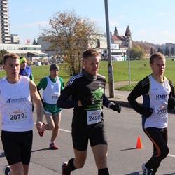 """Vilnius 10 km run, """"Run with Živilė Balčiūnaitė"""". - Dominykas Pacauskas (2072), Kęstutis Grigėnas (2323), Arūnas Vaišvila (2495)"""