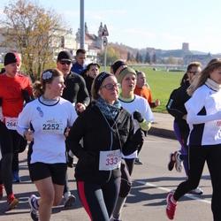 """Vilnius 10 km run, """"Run with Živilė Balčiūnaitė"""". - Ieva Baršauskaitė (333), Jelizaveta Baranova (2252)"""