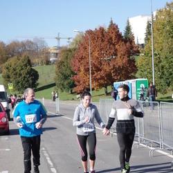 """Vilnius 10 km run, """"Run with Živilė Balčiūnaitė"""". - Aistė Remeikienė (2248), Saulius Šlekys (2272)"""