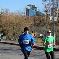 """Vilnius 10 km run, """"Run with Živilė Balčiūnaitė"""". - Jolanta Ginsevičiūtė (2520), Ernestas Gaižauskas (2582)"""