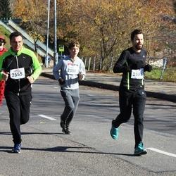 """Vilnius 10 km run, """"Run with Živilė Balčiūnaitė"""". - Joris Makauskis (2350), Dainius Virbickas (2555), Justinas Dijokas (2591)"""