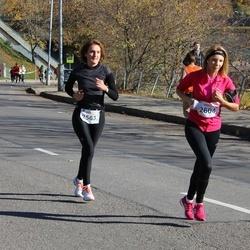 """Vilnius 10 km run, """"Run with Živilė Balčiūnaitė"""". - Danguolė Bičkūnienė (2563), Ugne Rubikaite (2604)"""